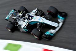 Foto Poster Valtteri Bottas tijdens de GP van Italie, F1 Mercedes Team 2017