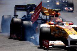 Foto Poster Nelson Piquet Crash tijdens de GP van Monaco, F1 Renault Team 2009