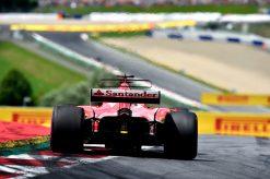 Foto Poster Sebastian Vettel tijdens de GP van Oostenrijk, F1 Ferrari Team 2017