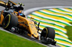 Foto Poster Carlos Sainz tijdens de GP van Brazilie, F1 Renault Team 2017
