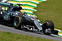 Foto Poster Lewis Hamilton tijdens de GP van Brazilie, F1 Mercedes Team 2016