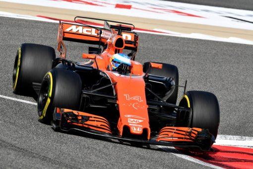 Foto Poster Fernando Alonso tijdens de GP van Bahrein, F1 McLaren Team 2017