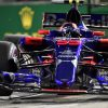 Foto Poster Carlos Sainz tijdens de GP van Singapore, F1 Toro Rosso Team 2017