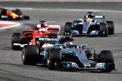 Foto Poster Valtteri Bottas tijdens de GP van Bahrein, F1 Mercedes Team 2017