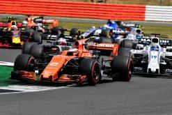 Foto Poster Stoffel Vandoorne tijdens de GP van Engeland, F1 McLaren Team 2017