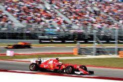 Foto Poster Sebastian Vettel tijdens de GP van Amerika, F1 Ferrari Team 2017