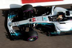Foto Poster Lewis Hamilton tijdens de GP van Abu Dhabi, F1 Mercedes Team 2017