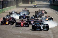 Foto Poster Lewis Hamilton tijdens de GP van Baku, F1 Mercedes Team 2017