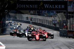 Foto Poster Kimi Raikkonen tijdens de GP van Monaco, F1 Ferrari Team 2017