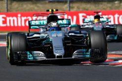 Foto Poster Valtteri Bottas tijdens de GP van Hongarije F1 Mercedes Team 2017