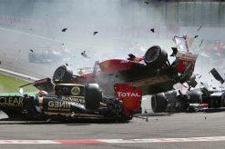 Foto Poster Fernando Alonso tijdens een Crash van F1 GP Belgie 2012