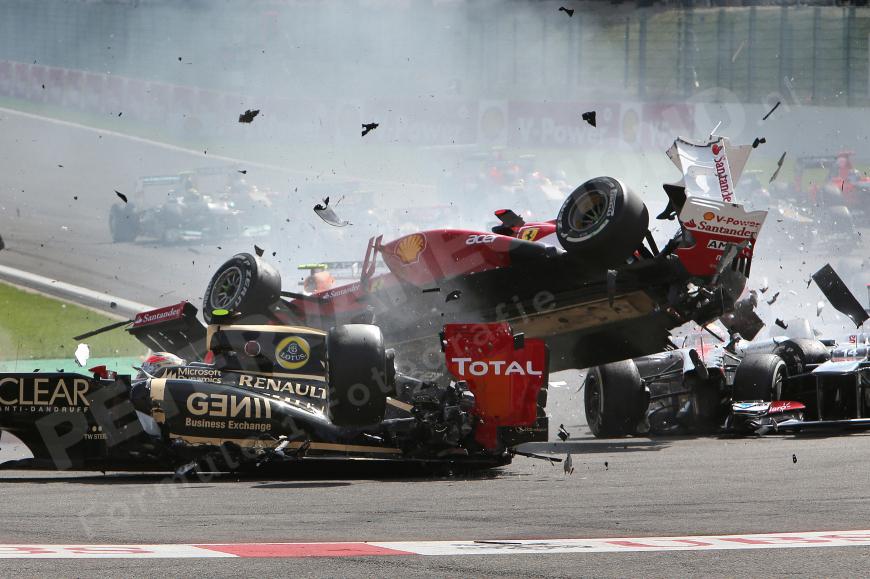 Fernando Alonso Crash 2012   De site vol Formule 1 Foto ...
