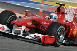 Foto Poster Fernando Alonso in actie tijdens de F1 GP Bahrein 2010