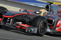 Foto Poster Lewis Hamilton tijdens de GP van Bahrein, F1 McLaren Team 2010