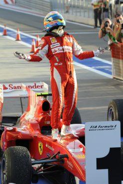 Foto Poster Fernando Alonso Wint de F1 Grand Prix Bahrein 2010
