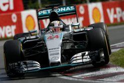 Foto Poster Lewis Hamilton tijdens de GP van Canada, F1 Mercedes Team 2015