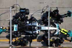Foto Poster Lewis Hamilton tijdens de GP van China, F1 Mercedes Team 2015