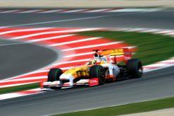 Foto Poster Fernando Alonso in Actie tijdens de F1 Grand Prix Spanje 2009