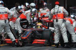 Foto Poster Lewis Hamilton tijdens de GP van Spanje, F1 McLaren Team 2009