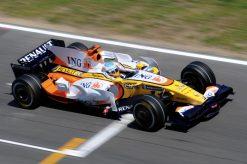 Foto Poster Fernando Alonso in Actie tijdens de F1 Grand Prix Spanje 2008