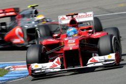 Foto Poster Fernando Alonso in actie tijdens de F1 GP Duitsland 2012