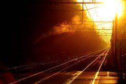 Treinrails bij Zonsopgang