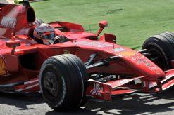Foto Poster Kimi Raikkonen tijdens de GP van Italie 2007