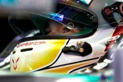 Foto Poster Lewis Hamilton tijdens de GP van Japan, F1 Mercedes Team 2014
