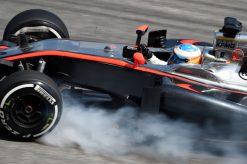 Foto Poster Fernando Alonso in actie tijdens de F1 GP Maleisie 2015