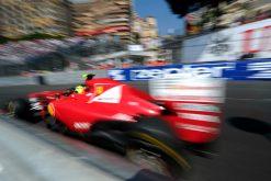 Foto Poster van Felipe Massa tijdens de GP van Monaco 2011