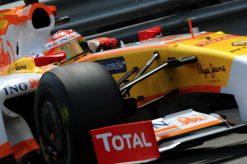 Foto Poster Fernando Alonso in Actie tijdens de F1 Grand Prix Monaco 2009
