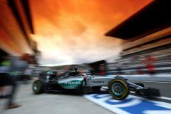 Foto Poster Lewis Hamilton tijdens de GP van Rusland, F1 Mercedes Team 2015