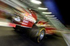 Foto Poster Fernando Alonso in actie tijdens de F1 GP Singapore 2014