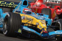 Foto Poster Fernando Alonso in actie tijdens de F1 Grand Prix Bahrein 2005