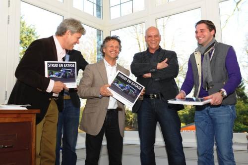 Peter te midden van Huub Rothengatter, Jan Lammers en Christijan Albers