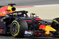 Daniel Ricciardo - Red Bull Racing in actie tijdens de GP van Bahrein, Formule 1 Seizoen 2018
