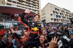 Daniel Ricciardo - Red Bull Racing viert zijn overwinning van de GP van Monaco - Monte Carlo Formule 1 Seizoen 2018