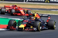 Foto Poster Max Verstappen - Red Bull Racing in Actie tijdens de GP van Engeland - Silverstone Formule 1 Seizoen 2018