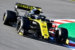 Daniel Ricciardo, Renault, F1 Test Circuit de Catalunya 2019