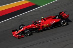 Charles Leclerc actie foto in Duitsland