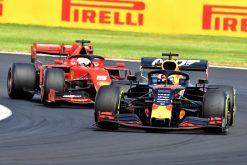 Max Verstappen in gevecht met Vettel