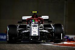 Antonio Giovinazzi, Alfa Romeo in actie vrije training GP Abu Dhabi Formule 1 Seizoen 2019. Actie Foto