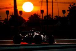 Kimi Raikkonen, Alfa Romeo in actie tijdens de vrije training GP Abu Dhabi 2019 Sfeer Foto