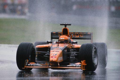 Jos Verstappen Arrows GP Canada actie in de regen foto 2001